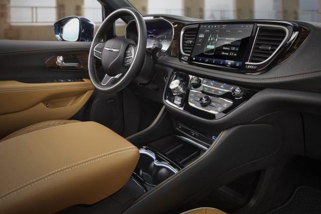 2021 Chrysler Pacifica Pinnacle Interior 1